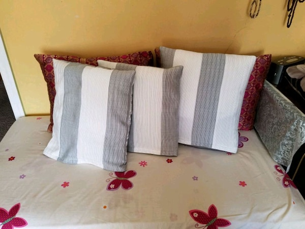 White and grey cushions one side silk