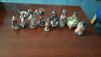Native American figurines