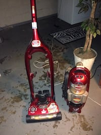 Red and black bissell upright vacuum cleaner Nashville, 37216