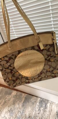 Coach Tote Bag Greater Vancouver, V0N