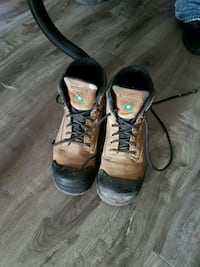pair of brown-and-black work boots Edmonton, T6B 0C8