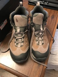 Woman's Size 8.5 Hiking Boots