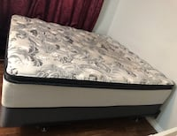 King size mattress and box spring Oshawa, L1G