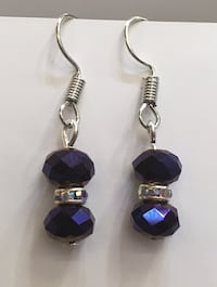 Crystal bead earring, silver spacers, made with stainless steel materials  Toronto, M1B 4Y7
