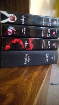 Twilight full book series good condition Winnipeg, R2W 2E1