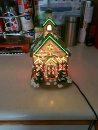 Christmas light up cottage  Whitby, L1N 8X2