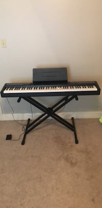 (Casio) electronic keyboard with stand Prairieville, 70769