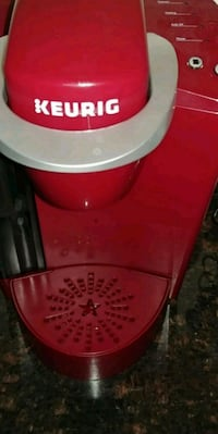 red and white Keurig coffeemaker Maugansville, 21767