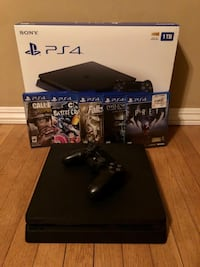 Sony PS4 1TB with Controllers and Games San Gabriel, 91775