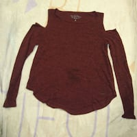 Hollister open shoulder top Winnipeg, R3J 1M4