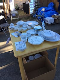 Garage sale Saturday 10-6 Sunday 10-4. 423 Evergreen pk Edmonton.  Edmonton, T5Y