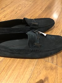 Navy Tods loafers  Toronto, M5B