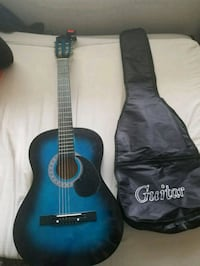 Guitar With caring bag and tuner Concord, 94518