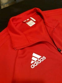 Adidas zip up and zippered pockets Winnipeg, R3B 3C3
