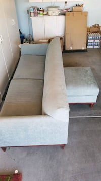 Couch with foot stool good shape no rips Las Vegas, 89128