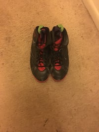 pair of black-and-red Nike Foamposite Burtonsville, 20866