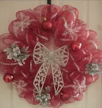 red and gray mesh wreath with baubles 1820 mi