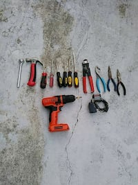 tools the drill has its charger Oxon Hill, 20745