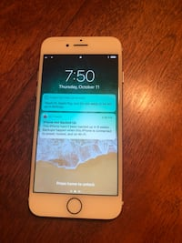 Gold iphone 7 international unlock good condition with no scratches  Modesto, 95356