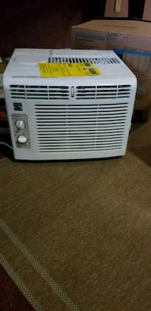 $100 OBO Kenmore 115v window air conditioning