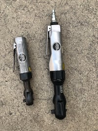 "1/4"" & 1/2"" Central Pneumatic Air Ratchets (only one connector.)"