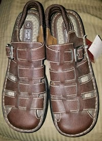 Womens Brown Leather Sandles  Daphne