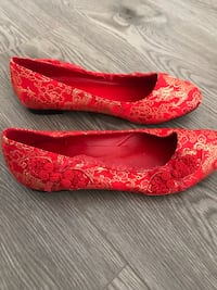 Chinese red & gold flats size 7.5 Surrey, V3S 1H1