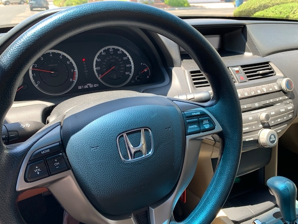 Honda - Accord - 2012 8
