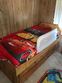 red and black car bed frame Pembroke Pines, 33029