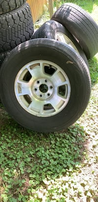 chevy  - tahoe rims and tires Viola