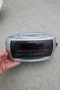 Smart set clock radio  Cincinnati
