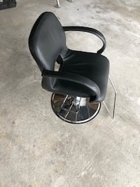 Black and gray rolling chair Mississauga, L5B 3S2