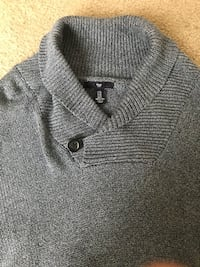 gray knitted button-up sweater Tacoma, 98408
