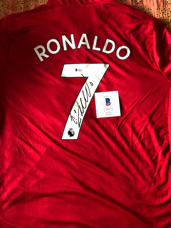 best service 181c9 f0595 Cristiano Ronaldo Signed Manchester United Soccer Jersey (Beckett COA)
