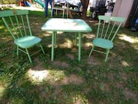 Vintage kids Table and chairs Spring Grove, 17362