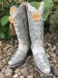 Silver Sparkle Corral Cowgirl Boots Norfolk, 23513