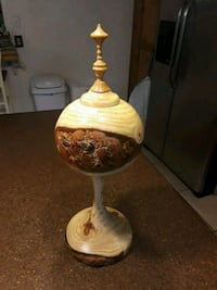 Hand made Wooden Tall Vase Holder  Rancho Cucamonga, 91730