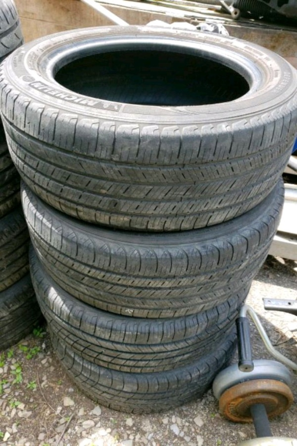 2055516 Michelin tires
