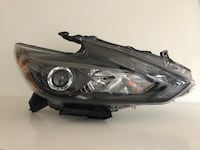 2017 Nissan Altima OEM RH headlight  Richmond Hill, L4E 2R6