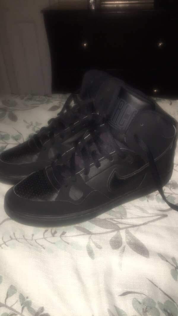 b98f1b0aefd Used Nike Son of Force Mid Black Gum SZ12 for sale in Passaic - letgo