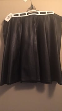 Faux Leather Black Skirt size Large waist 35-36 Toronto, M5A 4A8