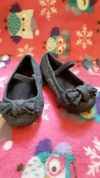 Toddler Shoes size 5 Omaha