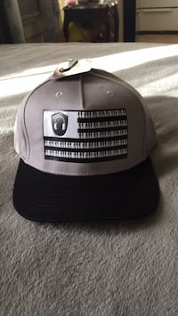 black and gray and white and black fitted cap Los Angeles, 90020