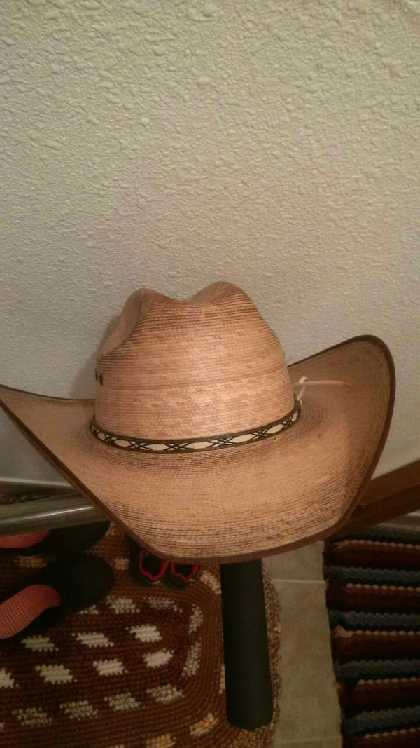 Used Jason aldean straw hat for sale - letgo 1176ea4ee4f