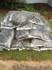23 bags 2 cubic foot each rubber mulch 250$ Gardendale, 35071