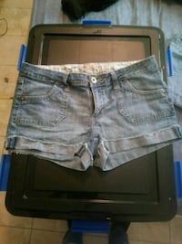 women's gray denim shorts