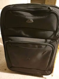 Barely used Suitcase Parkville, 21234