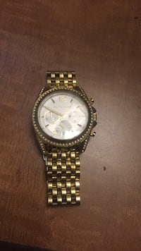 Round Gold-colored Michael Kors Watch  Maple Shade, 08052