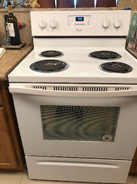 Whirpool 4.8 cu. ft. Electric Range with Self-Cleaning Oven in White Las Vegas