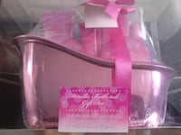 Metallic bath tub gift set  Cheshire West and Chester, CH65 2ER